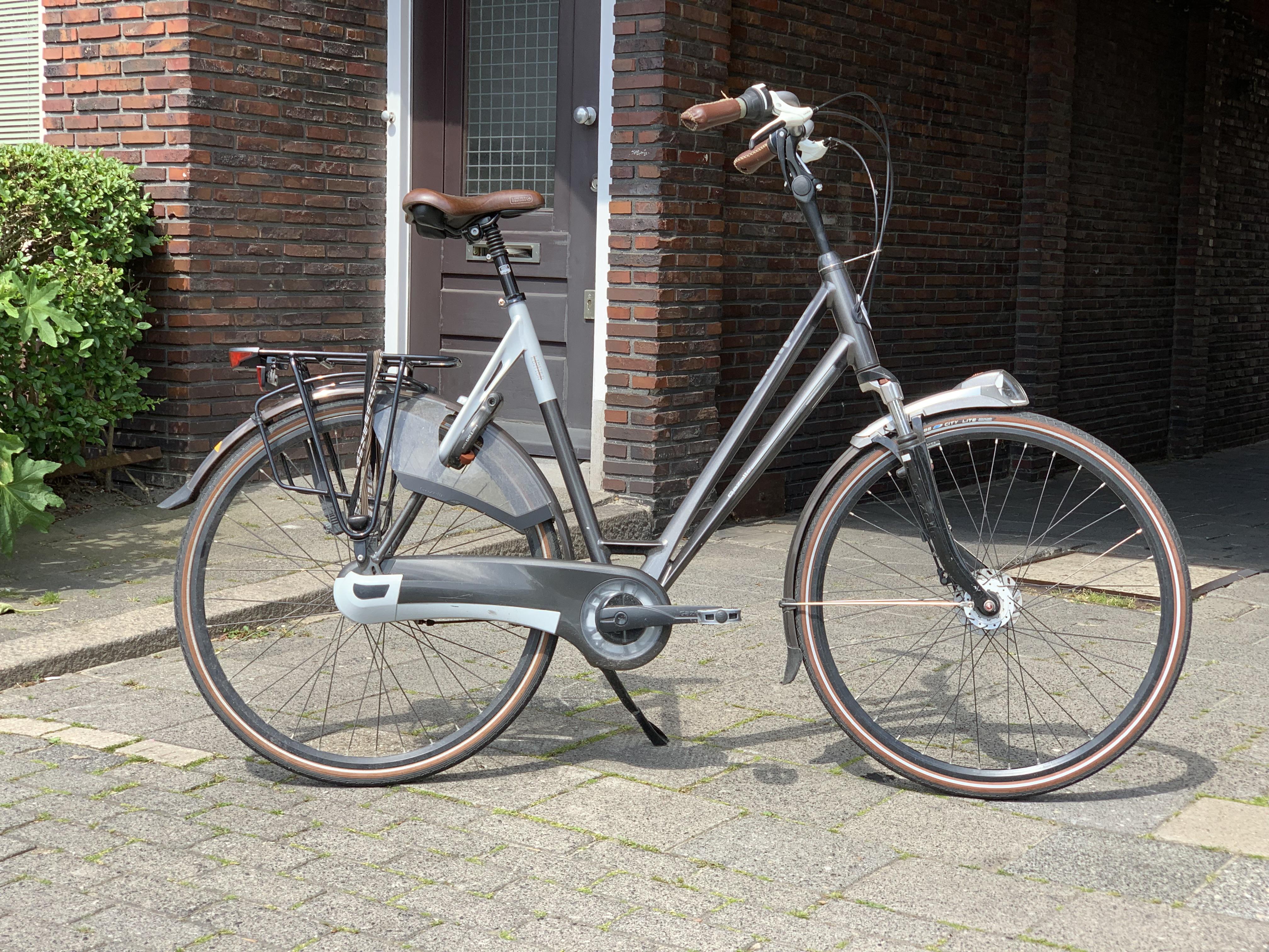 Gazelle Eclipse LTD D57 €395